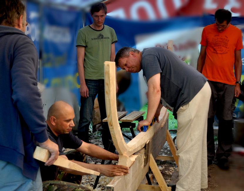 Meister Anti Kreem ehitab SIUG viikingipaati 4.08.2015