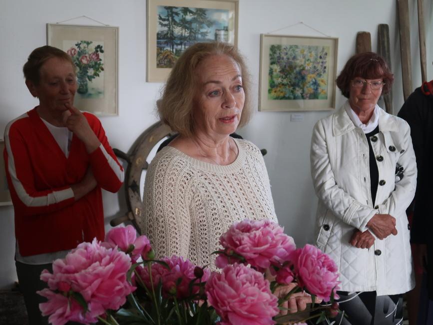 Siima Škopi näituse avamisel Käsmu Meremuuseumis 20.06.2020, Zoja Mellov oma ema mälestusnäituse avamisel