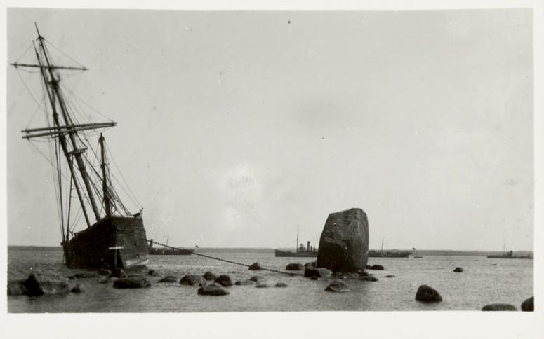 Kristenbrun, Lemeti kivil ankrus Allikas: Aarne Vaigu erakogu