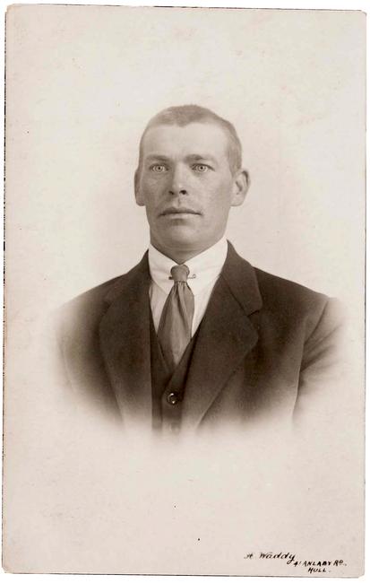Aleksander Kaare (Kaaman) 1896 - 1976 Allikas: Aarne Vaigu erakogu