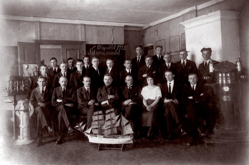 13. aprillil, 1922, Käsmu Merekool Allikas: Aarne Vaigu erakogu