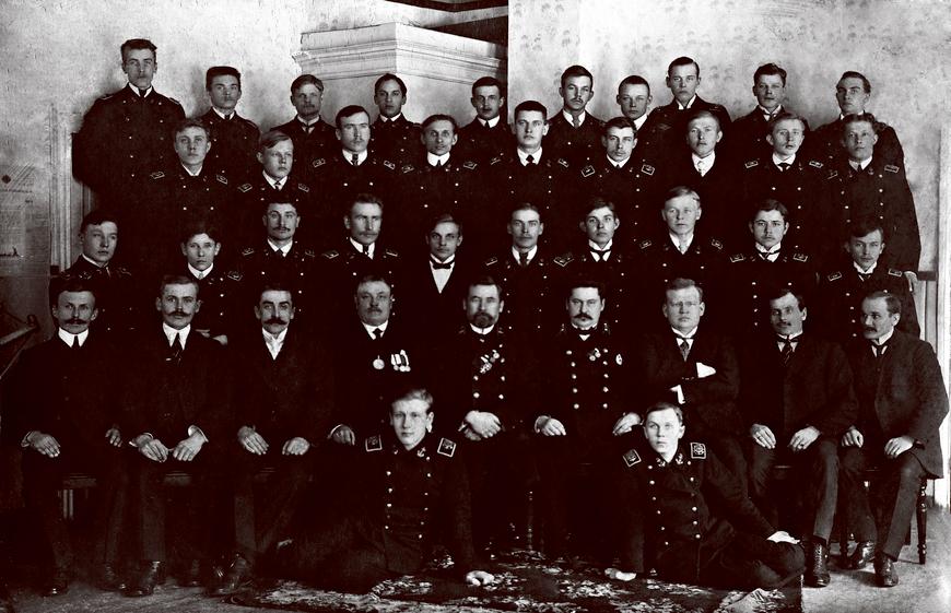 Käsmu Merekool õpilased 1915 Allikas: Aarne Vaigu erakogu