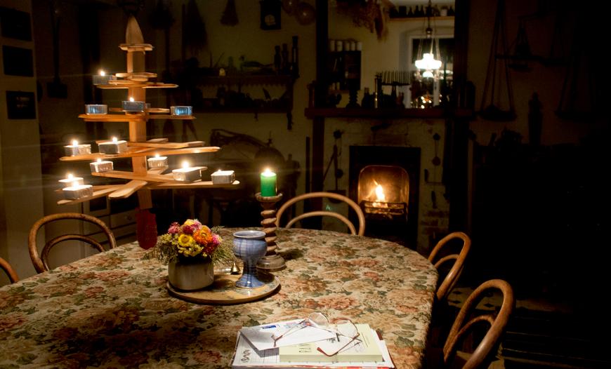 Meremeeste jõulupuu Käsmu Meremuuseumi köögis