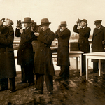 Kuressaare merekooli õpilased observeerimas