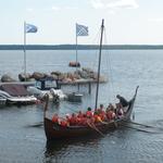 """""""Aimar"""" 2010-laevastiku lipulaev"""